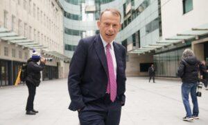 BBC Presenter Andrew Marr 'Had Nasty Bit of COVID' Despite Double Vaccination