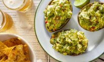 Smoked Guacamole With Chia Seed Totopos