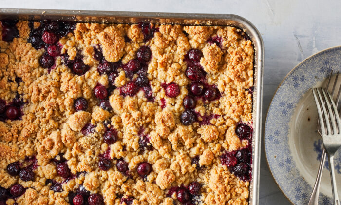 This summery dessert is a great option for a holiday party. (Jennifer Causey/TNS)