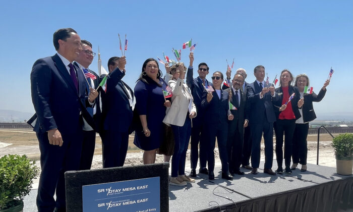 Officials from Mexico and California, including San Diego Mayor Todd Gloria (far left), at the signing ceremony in Otay Mesa, Calif., on June 28, 2021. (Alexandra Mendoza/San Diego Union-Tribune/TNS)
