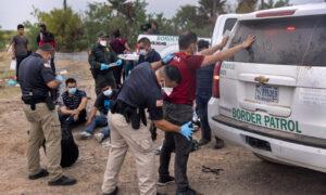 South Dakota, Iowa to Send Law Enforcement Officers to Southern Border