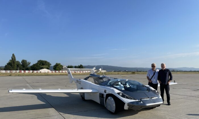 Klein Vision's AirCar completes world's first inter-city flight. (Courtesy of Klein Vision)