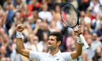 Djokovic on a Mission as He Glides Past Anderson