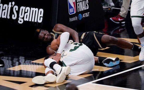 bucks-antetokounmpo-knee-injured
