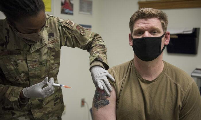 A member of the U.S. Air Force receives the Moderna COVID-19 vaccine at Kunsan Air Base, Republic of Korea, on Dec. 29, 2020. (U.S. Air Force/Jordan Garner)