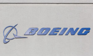Boeing Names New CFO, Elects Former Pilot and Air Force Lieutenant General to the Board