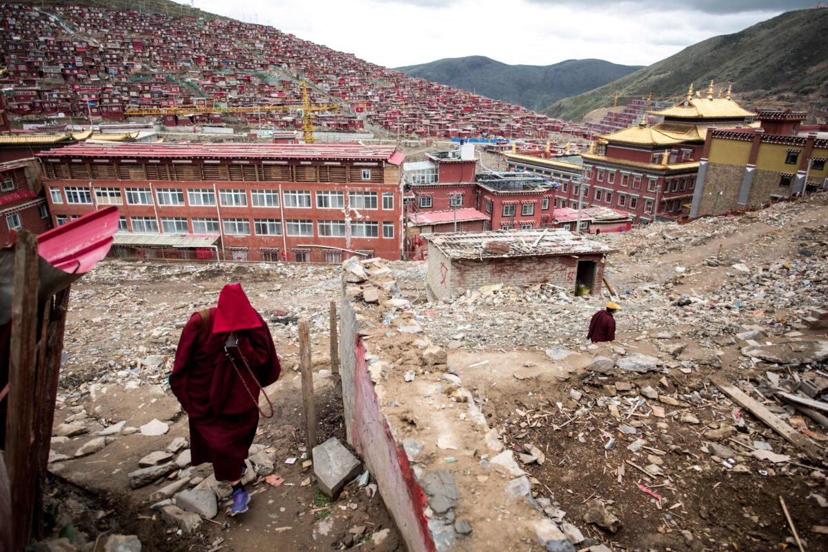 CHINA-BUDDHISM-RELIGION-RIGHTS