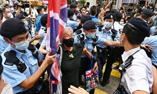 Hong Kong Man Commits Suicide After Stabbing Policeman