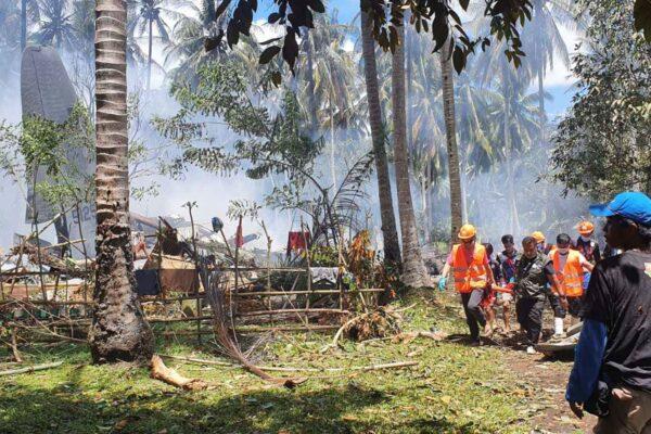 military-plane-crash-in-philippines