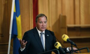 Swedish PM Wins Support in Parliament to Form New Government