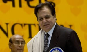 Dilip Kumar, Bollywood's Great 'Tragedy King,' Dies at 98