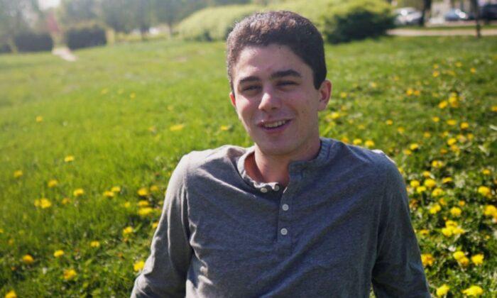 University of Chicago student Max Lewis, 20. (Courtesy of Zachary Cogan via GoFundMe)