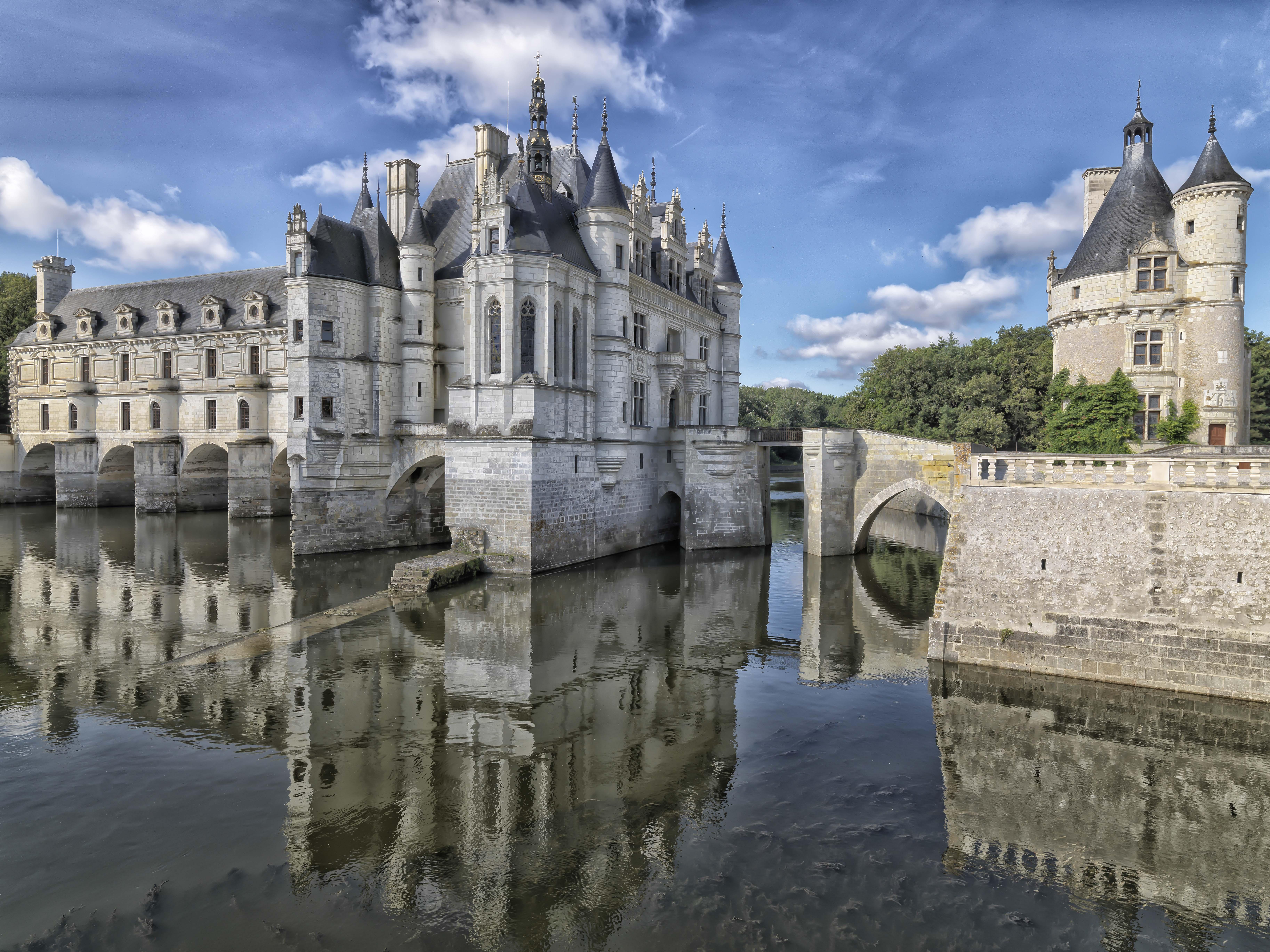 Nhìn chung Chateau_de_Chenonceau.