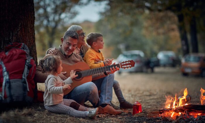Singing has profound therapeutic benefits. It can bring people together, calm anxiety, and exercise the lungs to help people recover from respiratory illness. (Lucky Business/Shutterstock)