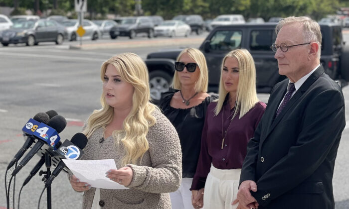 Zoe Cooksey, 22, speaks to reporters outside Mission Hospital in Mission Viejo, Calif. (Vanessa Serna/The Epoch Times)