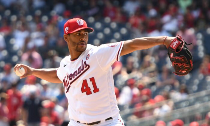 The Washington Nationals' Joe Ross pitches in the first inning against the Los Angeles Dodgers at Nationals Park in Washington, on July 4, 2021. (Mitchell Layton/Getty Images)