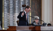 'He Fled the State': Texas House Speaker Issues Arrest Warrant for Texas Democrat