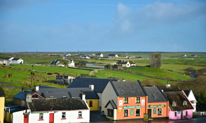 A village in County Clare, Ireland. (Eleni Mavrandoni/Shutterstock)