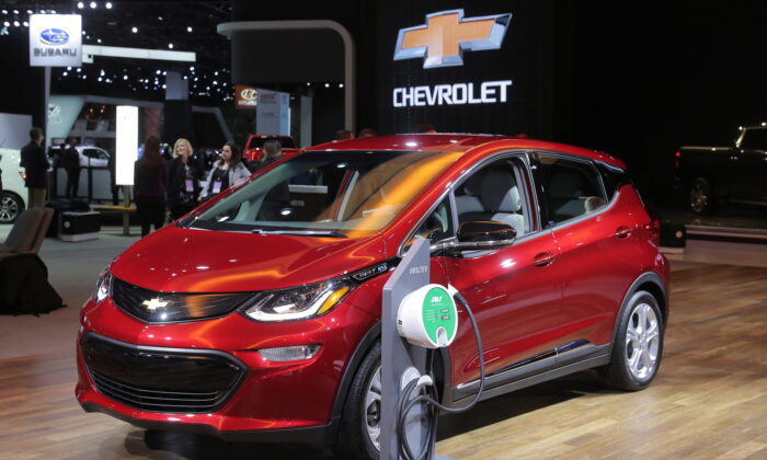 A 2019 Chevrolet Bolt plug-in electric vehicle is displayed at the North American International Auto Show in Detroit, Mich., on Jan. 15, 2019. (Rebecca Cook/Reuters)