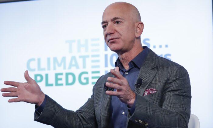 Jeff Bezos speaks at the National Press Club in Washington, on Sept. 19, 2019. (Pablo Martinez Monsivais/AP Photo)