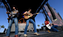 As Politics Dominate Mainstream Culture, Country Music Fans Turn to Branson, Missouri for Traditional Songs