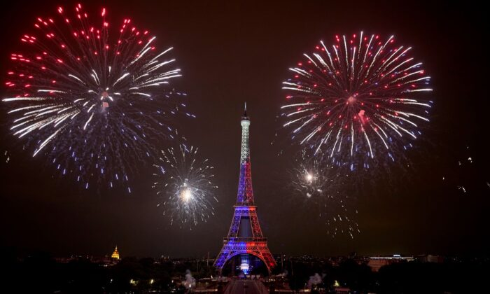 Fireworks light up the Eiffel Tower as part the annual Bastille Day Celebrations in Paris, France, on July 14, 2021. (Kiran Ridley/Getty Images)