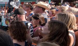 4 Michigan Festivalgoers Dead; 3 Exposed to Carbon Monoxide