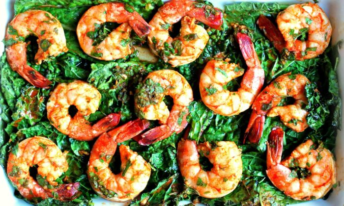 Fragrant chermoula punches up the flavor of this 30-minute shrimp and kale bake. (Lynda Balslev for Tastefood)