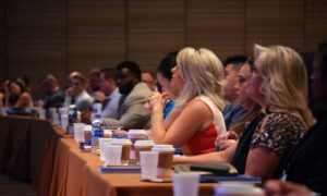 7 Timeless Tips for Connecting and Building Relationships at Conferences