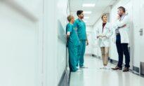 Doctors Weigh Prescribing Controversial Alzheimer's Drug
