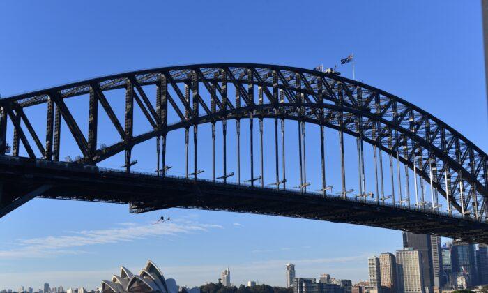 Sydney Harbour Bridge as seen in Sydney, Australia, on May 14, 2019. (AAP Image/Dean Lewins)