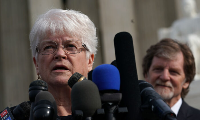 Floral artist Barronelle Stutzman (L) speaks to members of the media in front of the Supreme Court as cake artist Jack Phillips (R) looks on in Washington on Dec. 5, 2017. Both Stutzman and Phillips have sought to have their rights to conscience in the running of their businesses upheld. (Alex Wong/Getty Images)