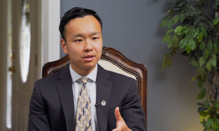 """Kenny Xu, author of """"An Inconvenient Minority,"""" in Princeton, N.J., on July 18, 2021. (Bao Qiu/The Epoch Times)"""