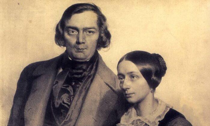 An 1847 lithograph of Robert and Clara Schumann. (Public Domain)