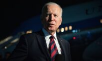 Biden Says CDC Likely to Expand School Mask Guidance to Children Under 12