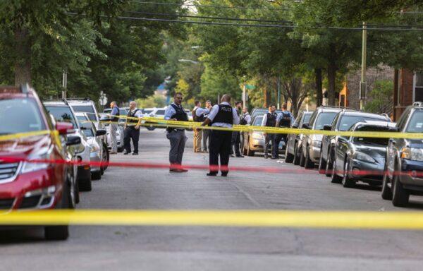 police-officers-crime-scene
