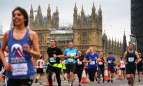 Thousands Run Through London in First Mass 10K Since Lockdown Was Lifted