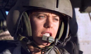 Popcorn and Inspiration: 'Courage Under Fire': Standing Guard Over Truth
