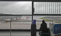 China to Keep Tight Curb on Overseas Flights