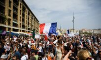Protests Rage Across Europe as Lockdown, Vaccination Mandates Start