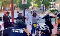 Kind Woman Prays With Washington DC Police
