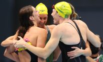 Australia Wins Gold, Sets World Record in Women's 4×100 Freestyle Relay