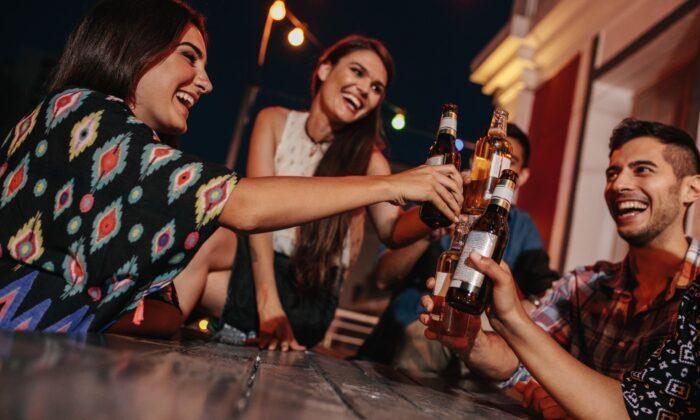 Recent trends toward appreciating beer with no or low alcohol make space for moderate or nondrinkers to participate in the craft beer movement. (Jacob Lund/shutterstock)