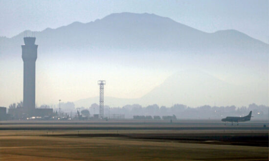 Airports in the US West Dealing With Shortage of Jet Fuel