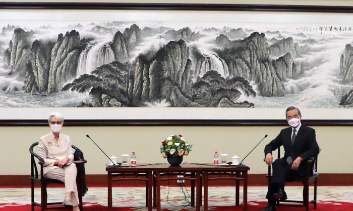U.S. Deputy Secretary of State Wendy Sherman meets Chinese State Councilor and Foreign Minister Wang Yi in Tianjin, China, on July 26, 2021. (U.S. Department of State/Handout via Reuters)