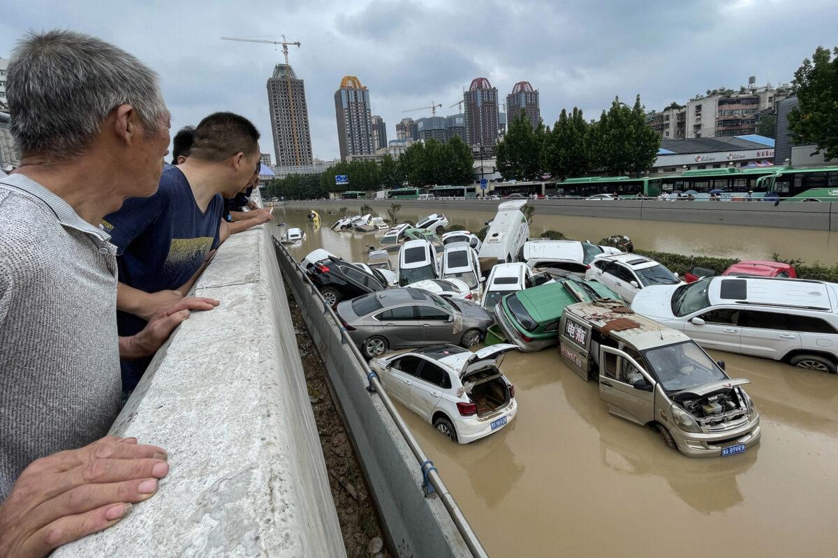 TOPSHOT-CHINA-WEATHER-FLOOD