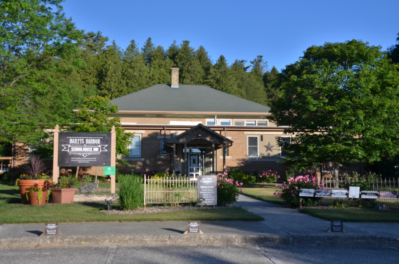 Baileys Harbor Schoolhouse Inn