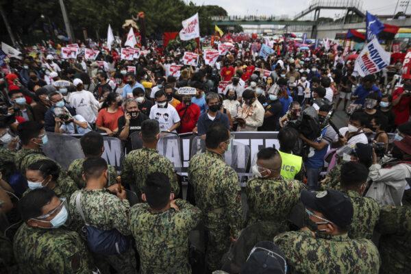 Protestors Blocked by Gov