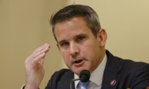 US Should Secure Freedom of Missionaries in Haiti Without Ransom: Rep. Kinzinger
