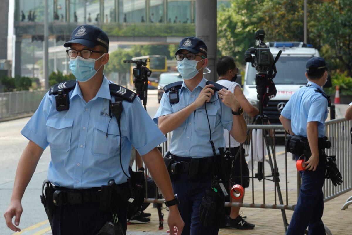 police-officers-hk